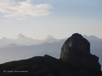 Le Valais suisse et le Cervin.