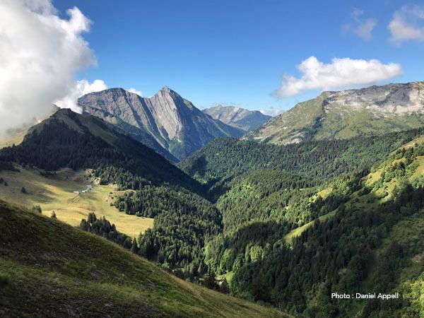 Randonnées accompagnées dans les Alpes du nord : Les Bauges.
