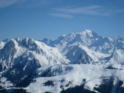 Massif du Mont Blanc vu des Aravis.